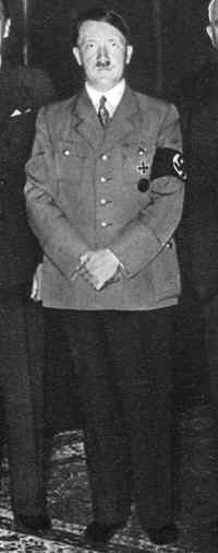 Portrait photograph of Adolf Hitler in Nazi uniform