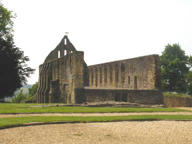 Photograph of the ruins of Battle abbey